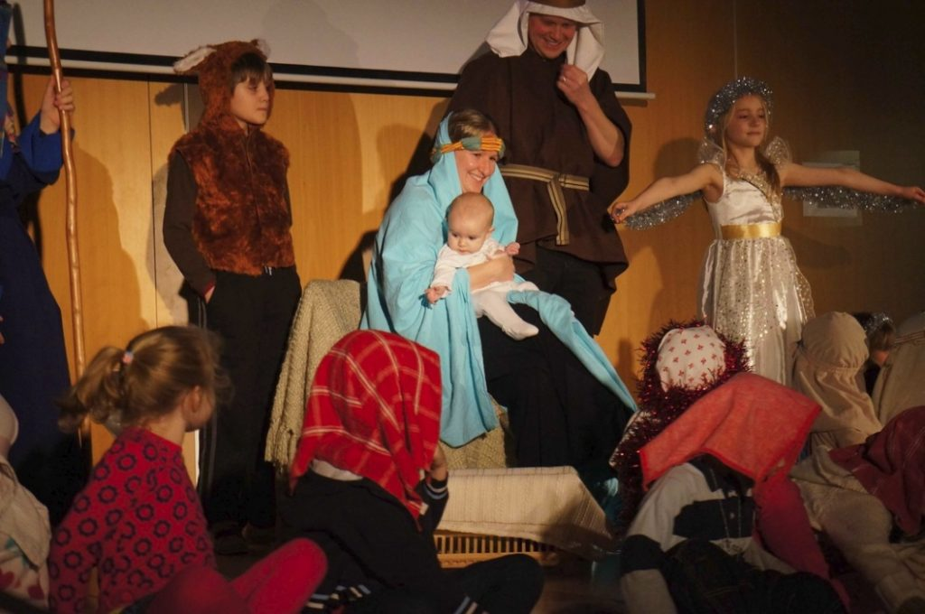 'Come to the Manger'; CSL. Christmas 2012