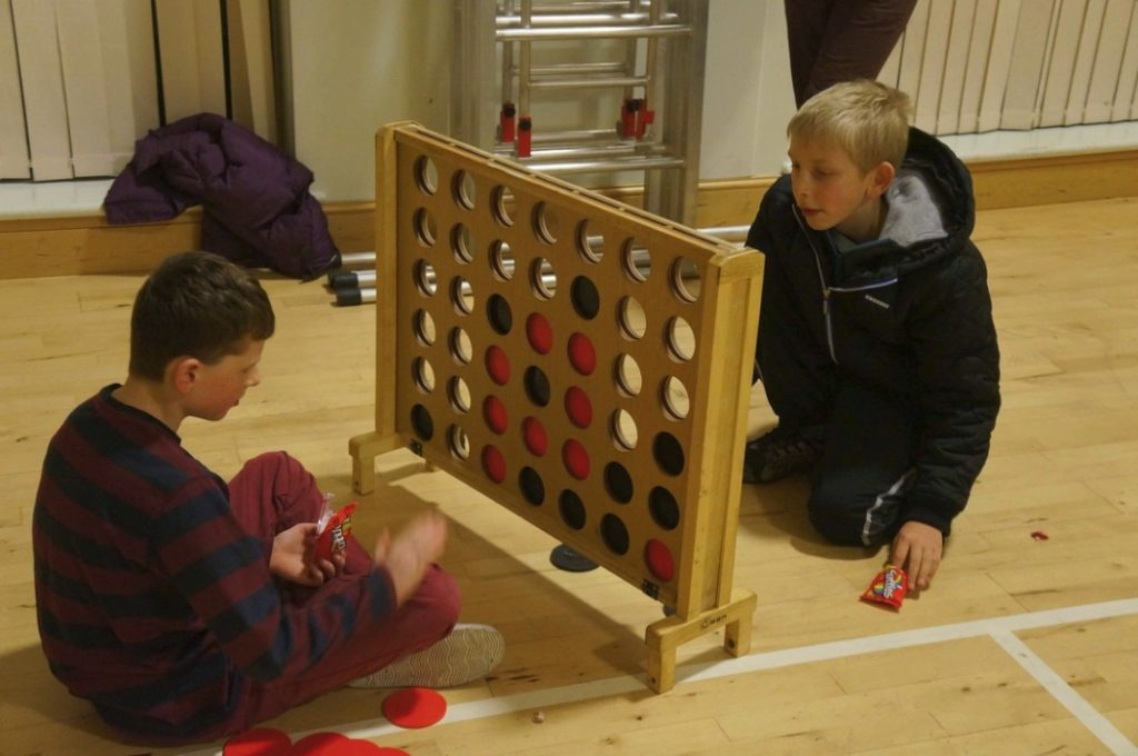 Giant Connect Four. EVENT youth club. CSL. 2013